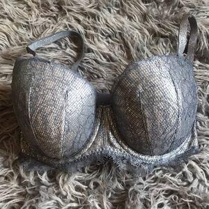 Victoria's Secret Intimates & Sleepwear - 32DDD/34DD Victoria's Secret Bra